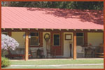 Pecan Creek Cottage & Lodge